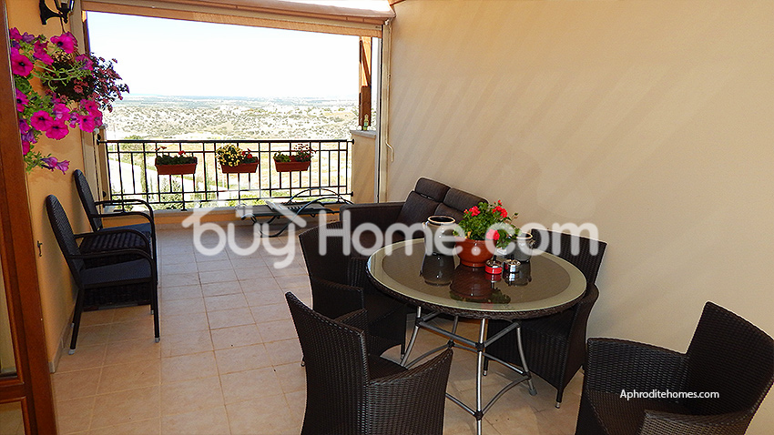 One bedroom golf resort apartment | BuyHome