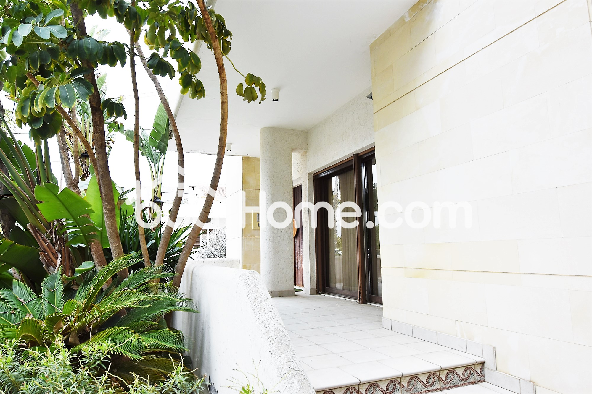Prime Location Property   BuyHome