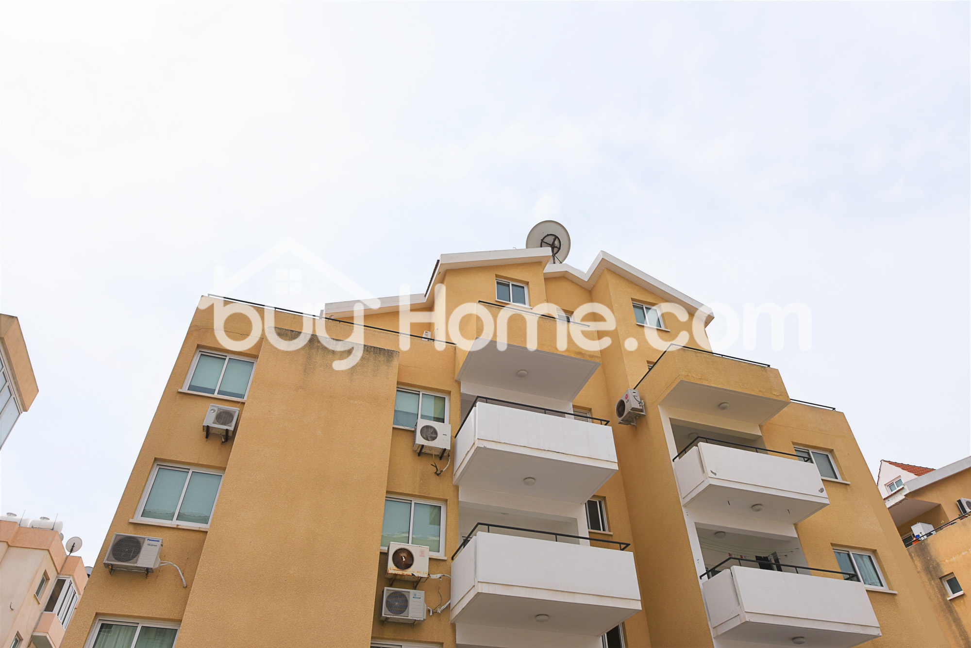 3 Bed Duplex Apartment 300m from the beach | BuyHome