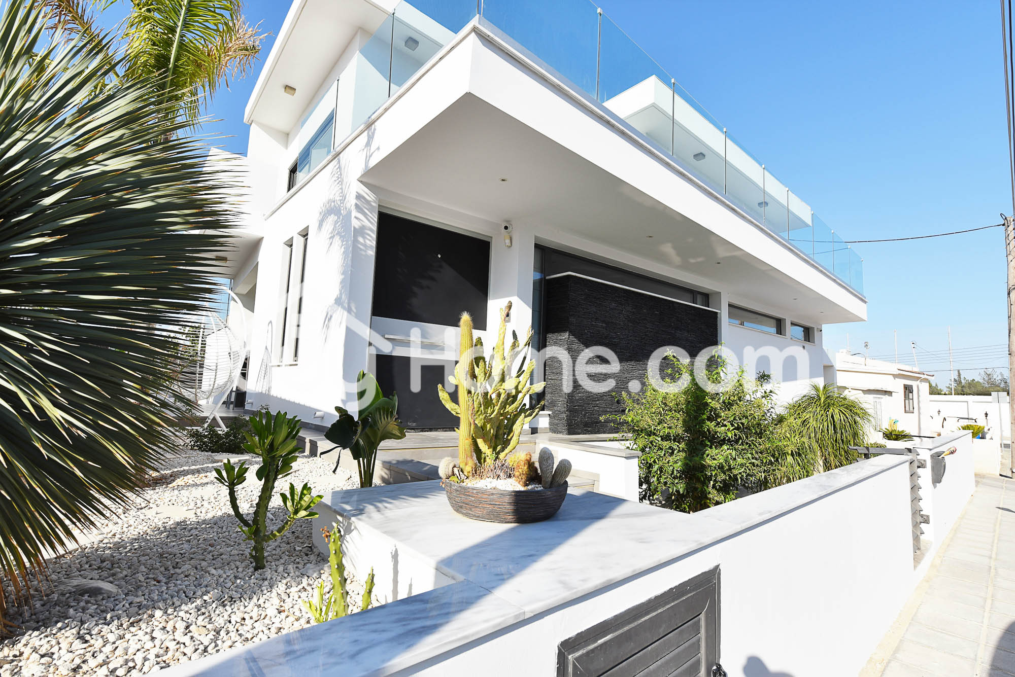 Modern Family Home | BuyHome