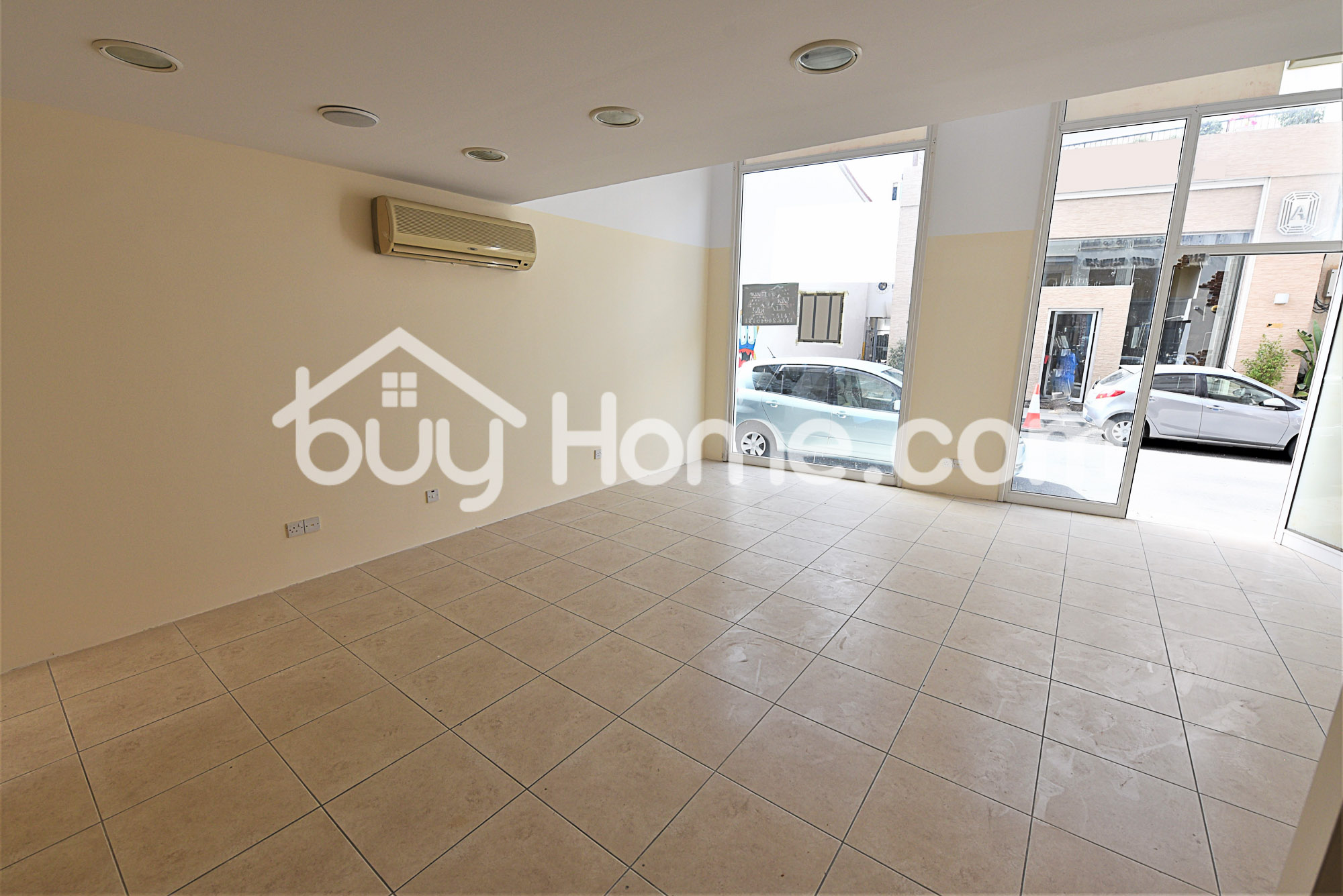 Shop for sale- Down Town | BuyHome