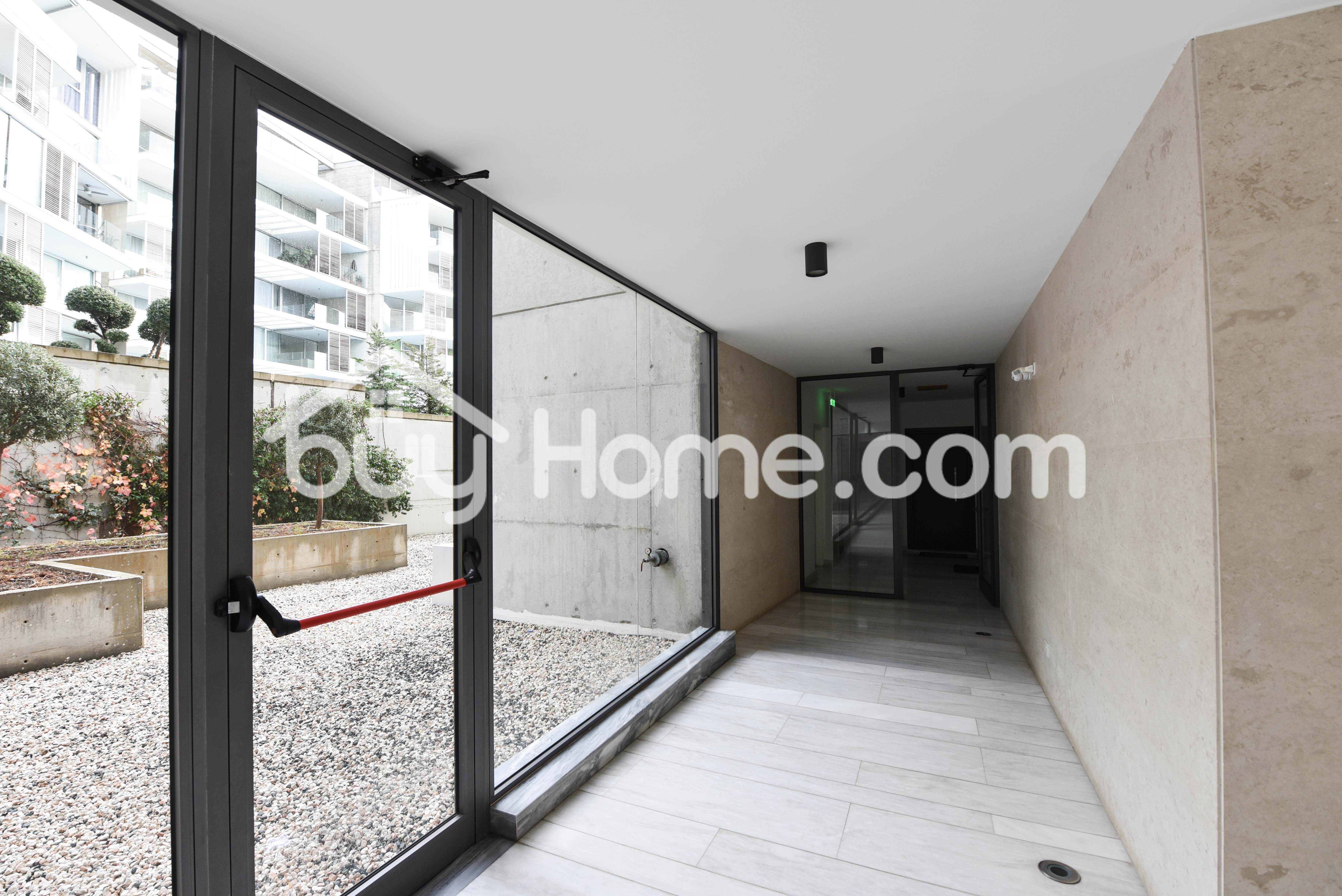 2 Bed Apt In Neapolis | BuyHome