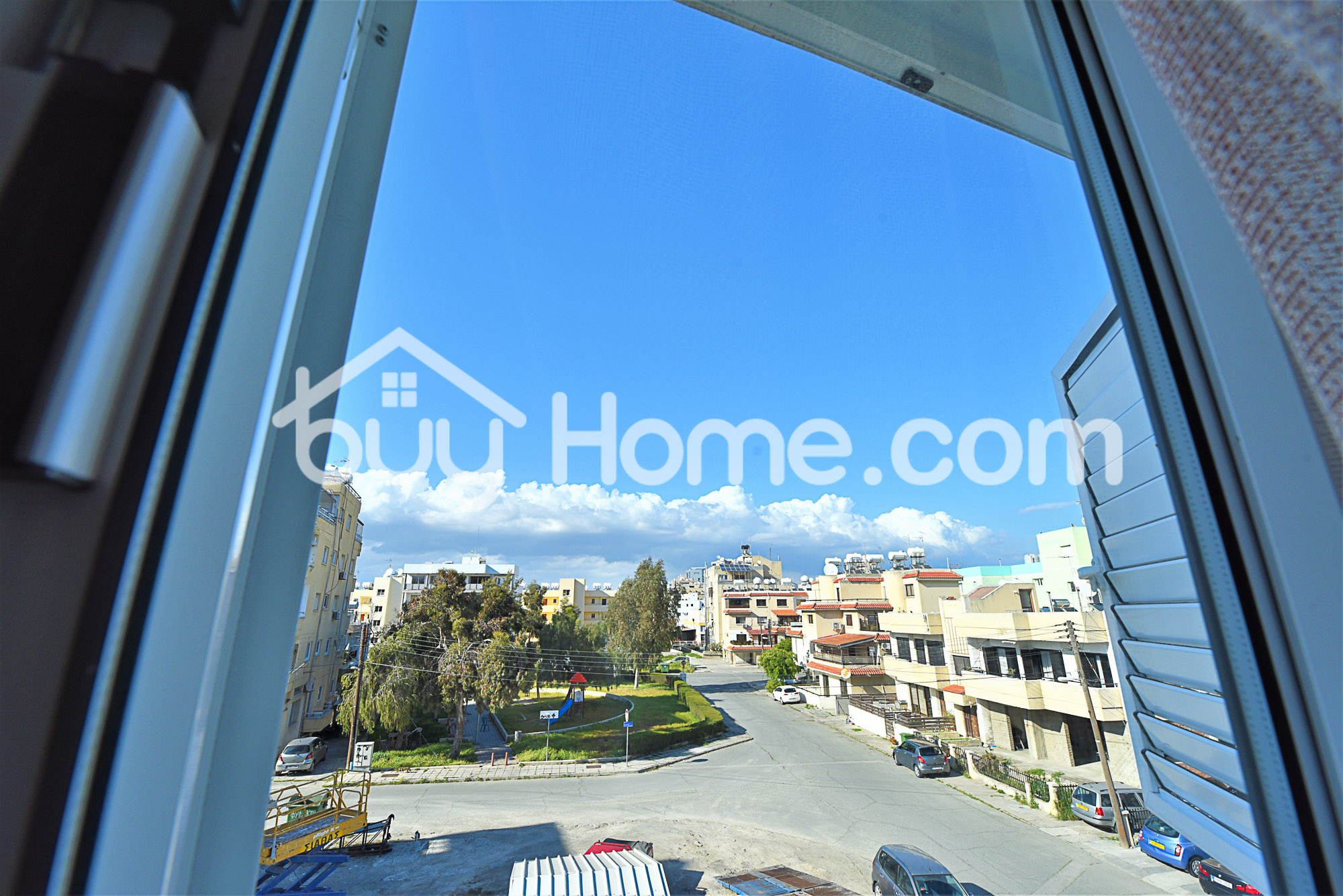2 BDR Apt in Central location | BuyHome