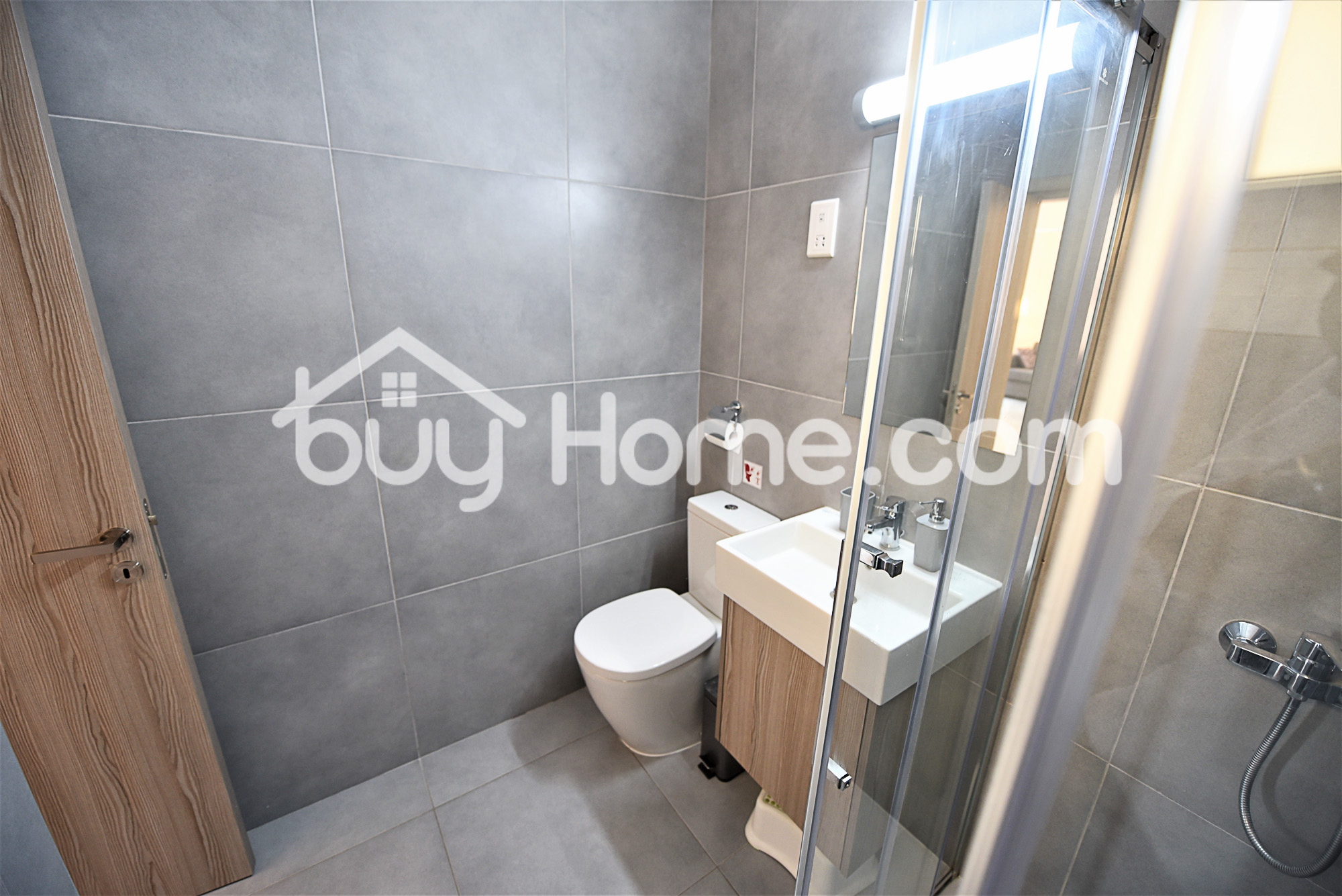 1 Bed Apartment- 320m from the Sea | BuyHome