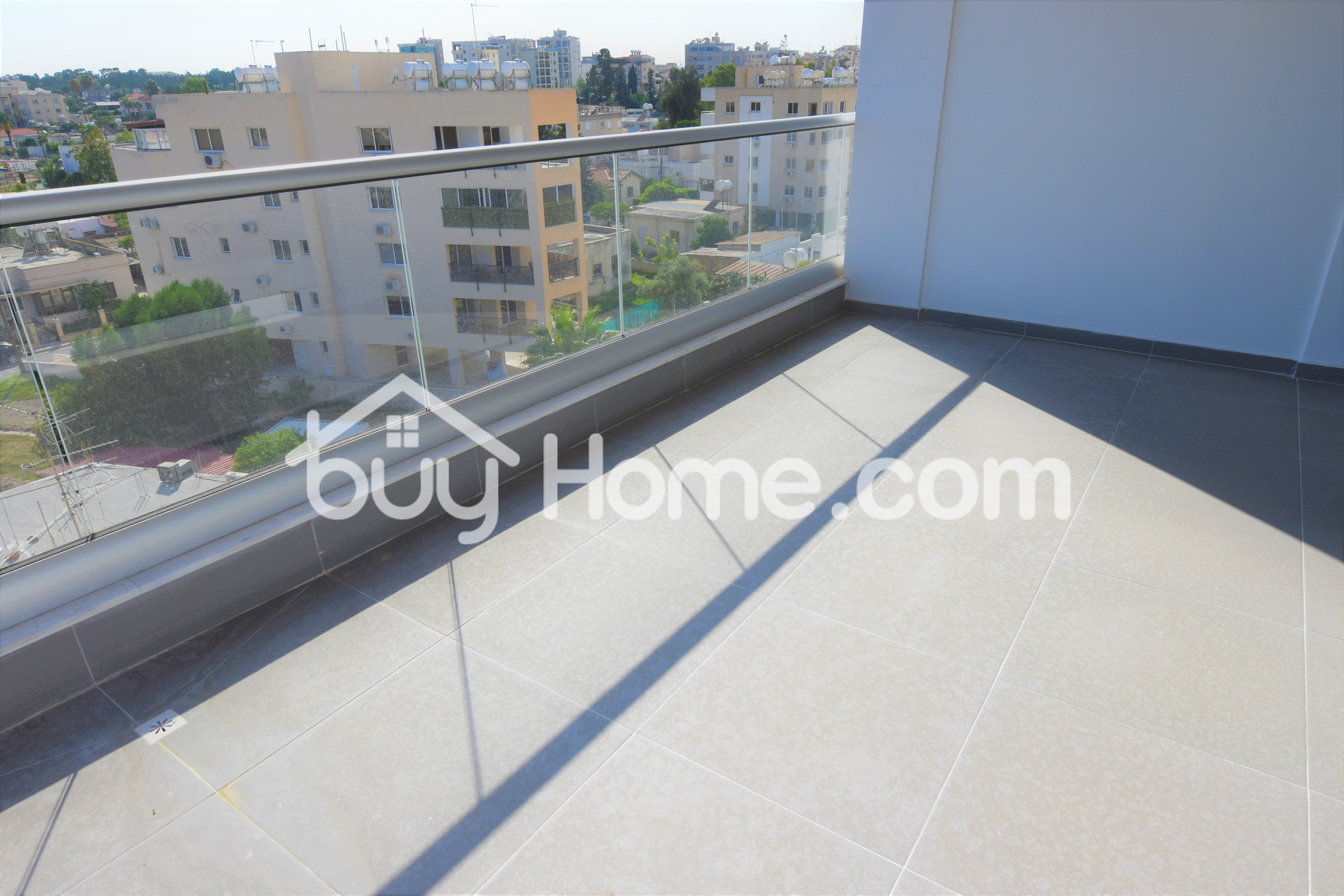 1 Bed Penthouse Apt with Roof Garden   BuyHome