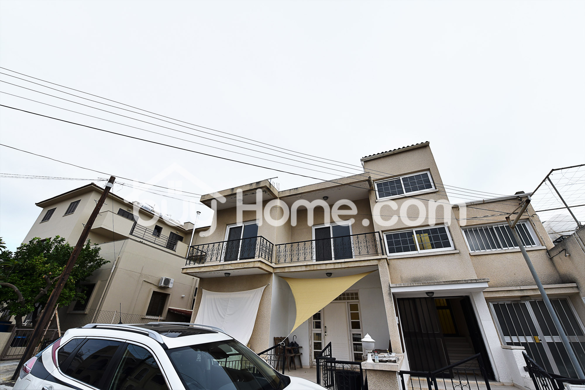 3 Bedroom Upstairs House | BuyHome