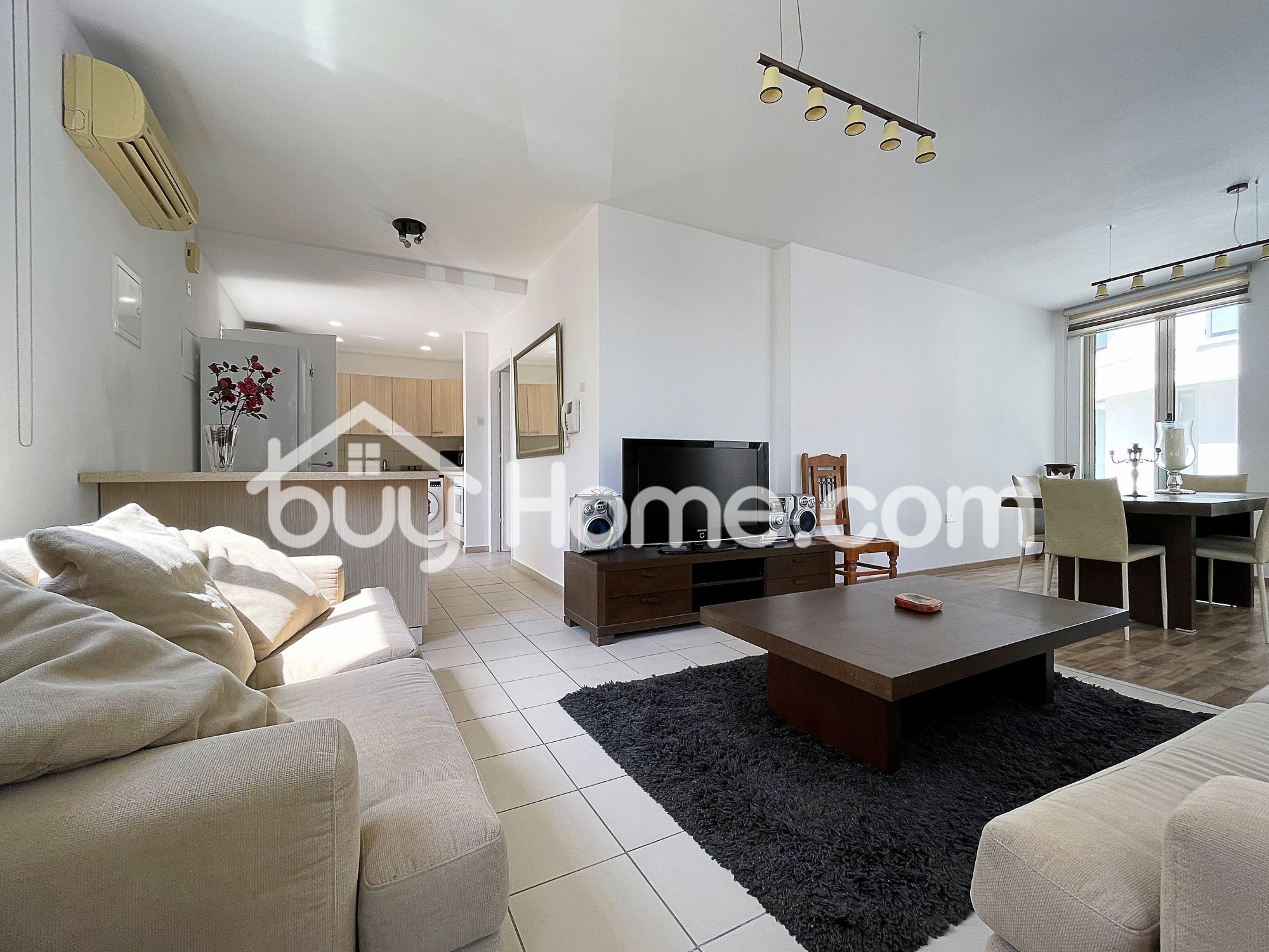 Downtown 1 Bedroom Apt with Pool | BuyHome