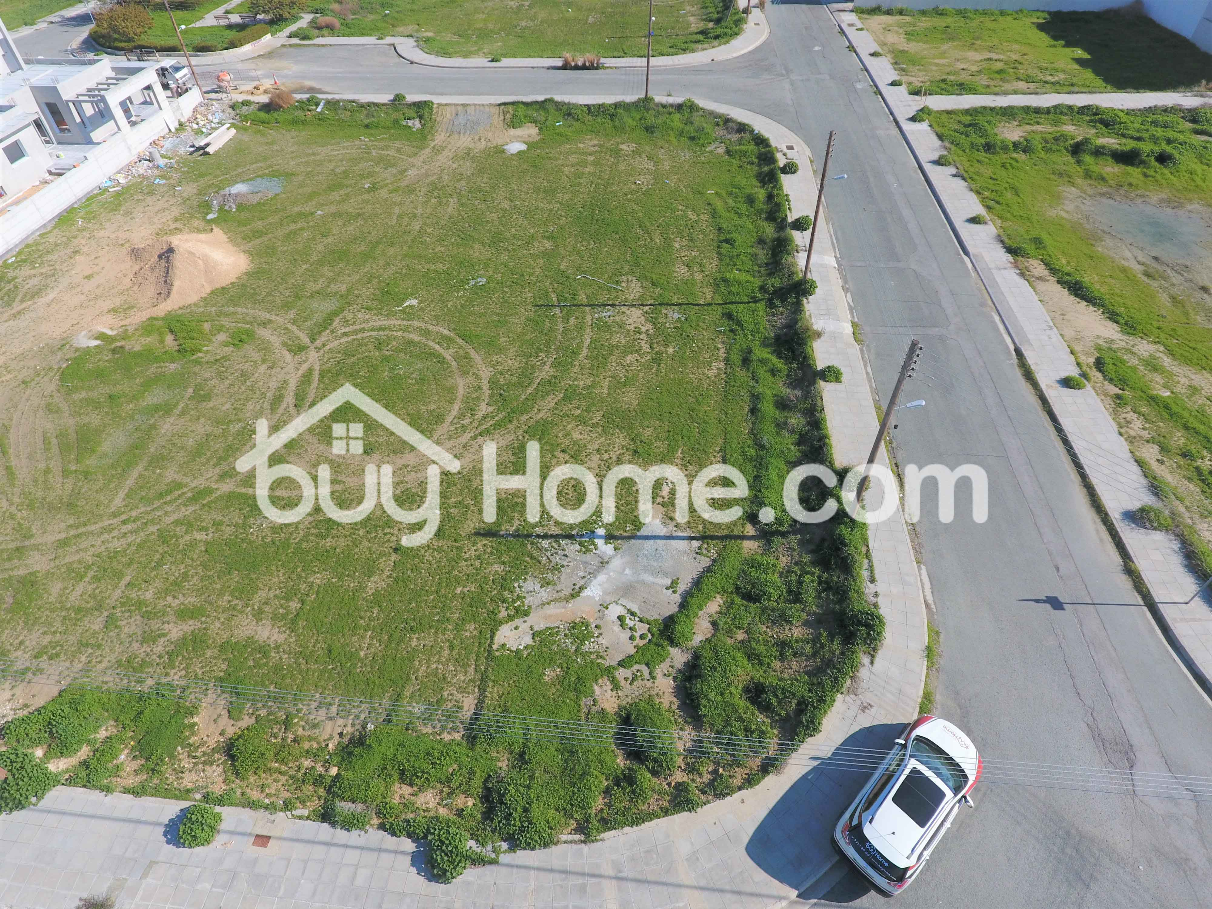 Residential Plot 673m2 | BuyHome