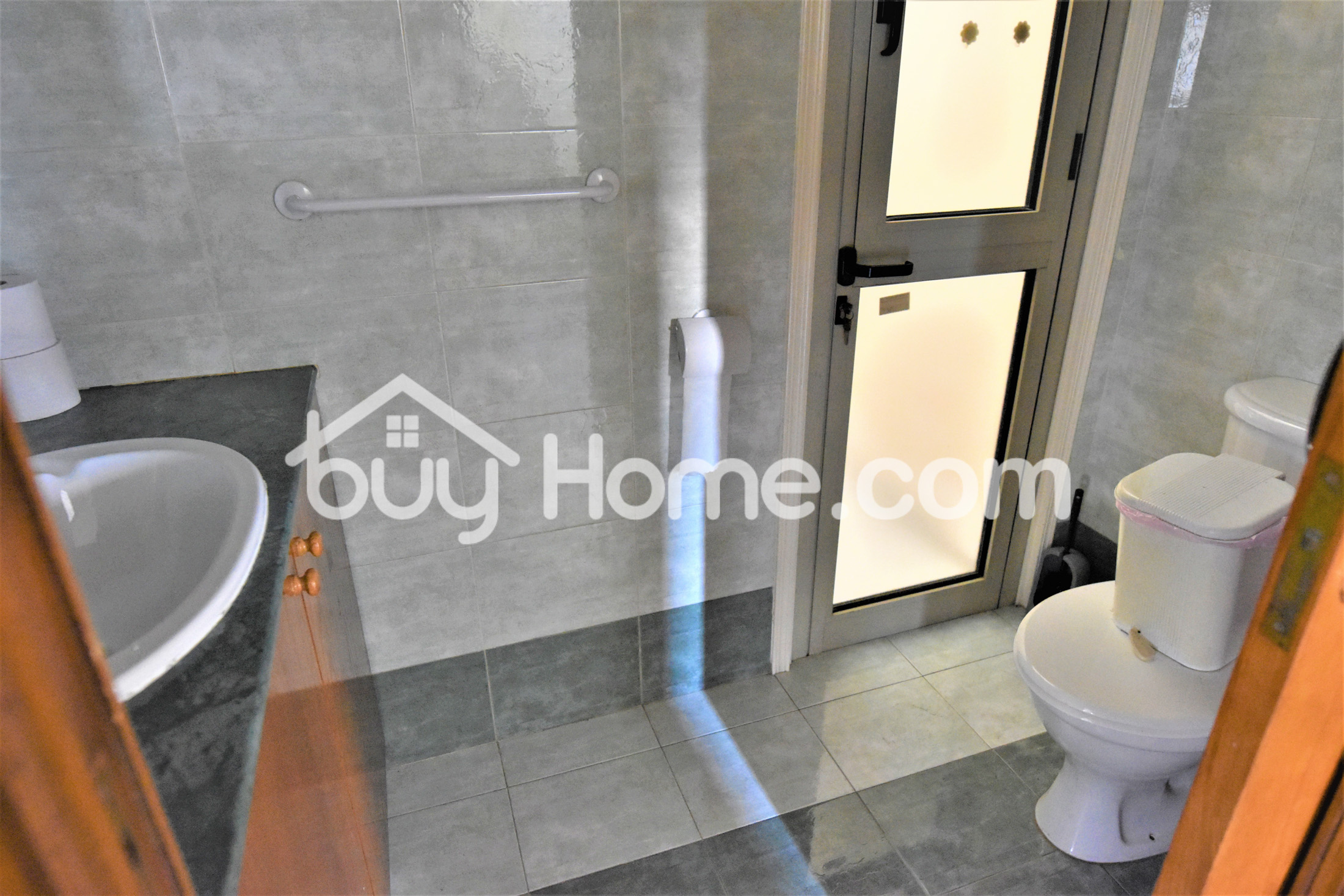 3 Bed Upper House | BuyHome