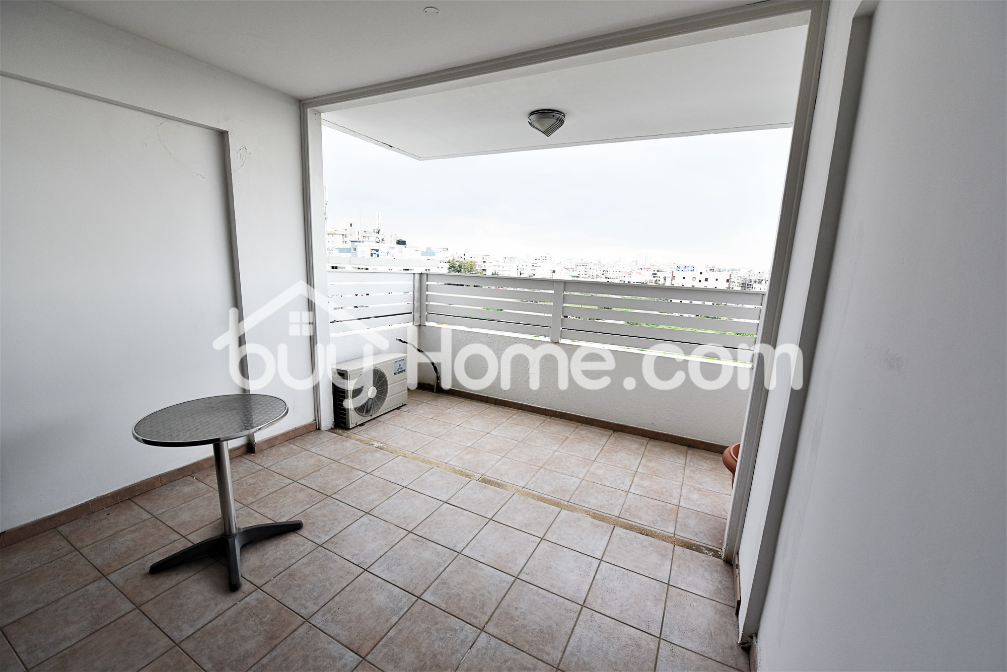 Spacious 3 Bedroom Apartment | BuyHome