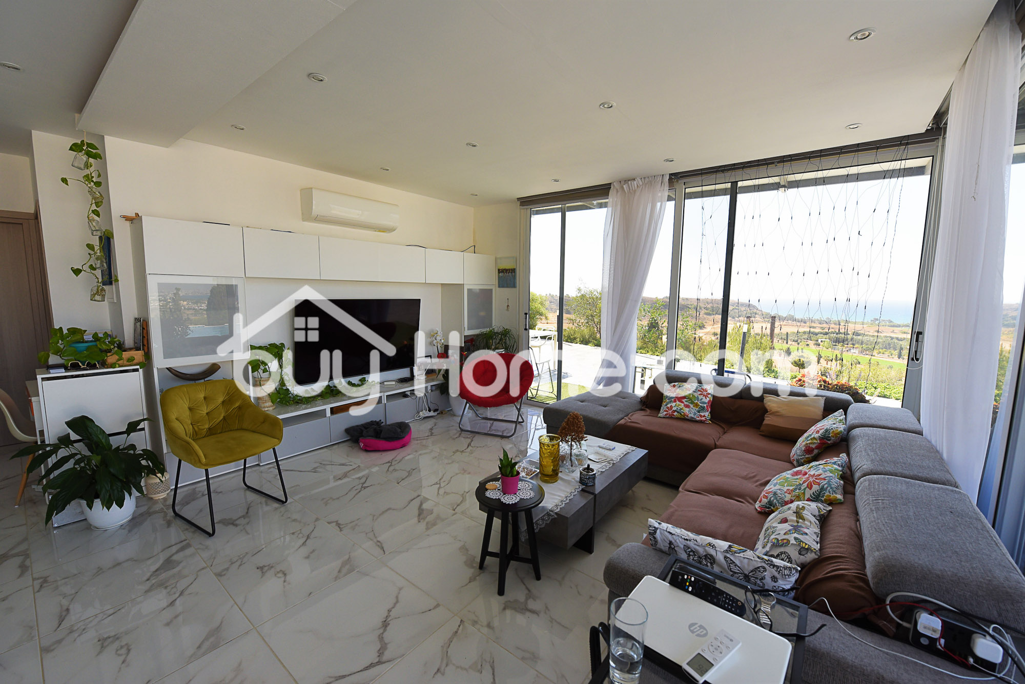 2 Houses with Sensational Views | BuyHome