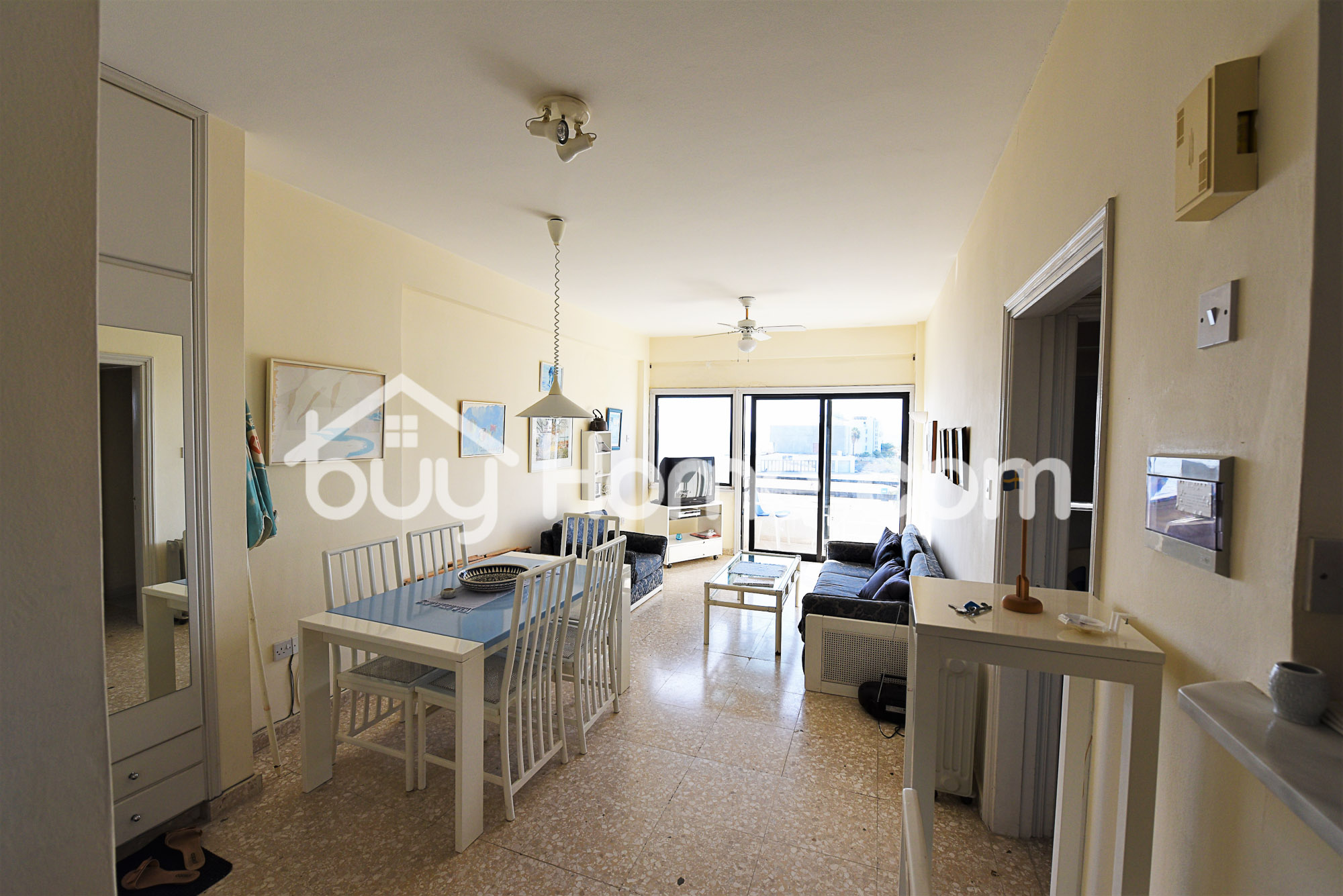 Apartment on the Beach !!! | BuyHome